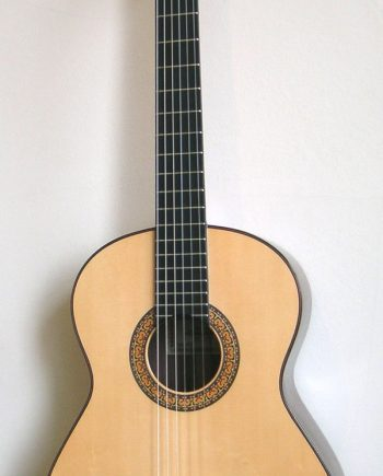 Almansa 436 Spruce